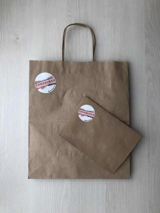 Крафт-пакеты с наклейкой